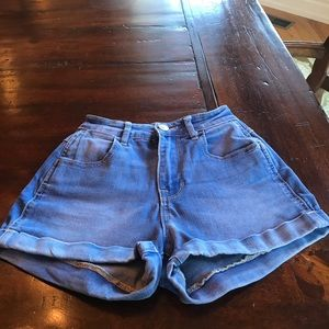 Kendall and Kylie Jean Shorts size 22